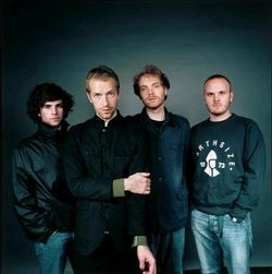 Coldplay, 2002 promotional photo