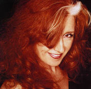 Bonnie Raitt on the cover of her album Silver Lining